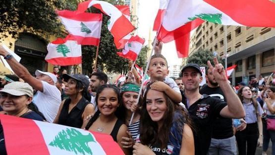 تواصل احتجاجات لبنان للأسبوع الرابع