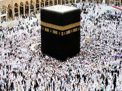 """""""الأوقاف"""" نتفهم قرار السعودية بتعليق العمرة"""