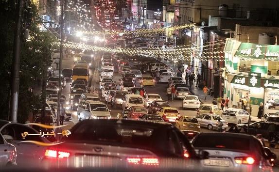 الازدحامات تعمّ شوارع عمّان