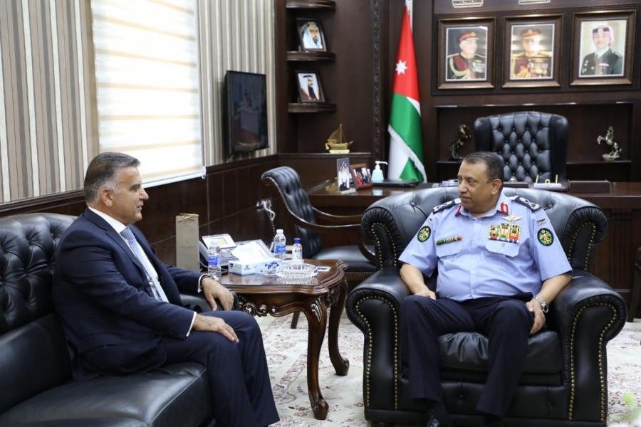 اللواء الركن الحواتمة يستقبل مدير الأمن اللبناني لبحث التعاون المشترك