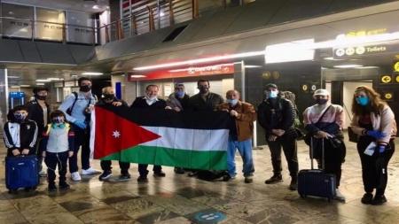 إجلاء 27 أردنيا وفلسطينيا من جنوب إفريقيا الليلة
