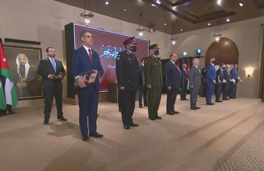 جلالة الملك عبدالله الثاني يكرم أصحاب المجهودات المتميزة في مكافحة كورونا  اسماء