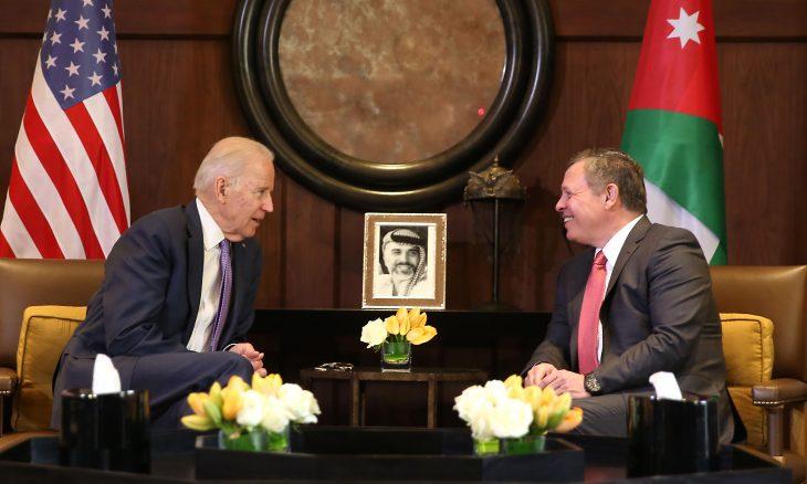 بايدن يهاتف الملك عبدالله ويعرب عن تضامنه مع الأردن
