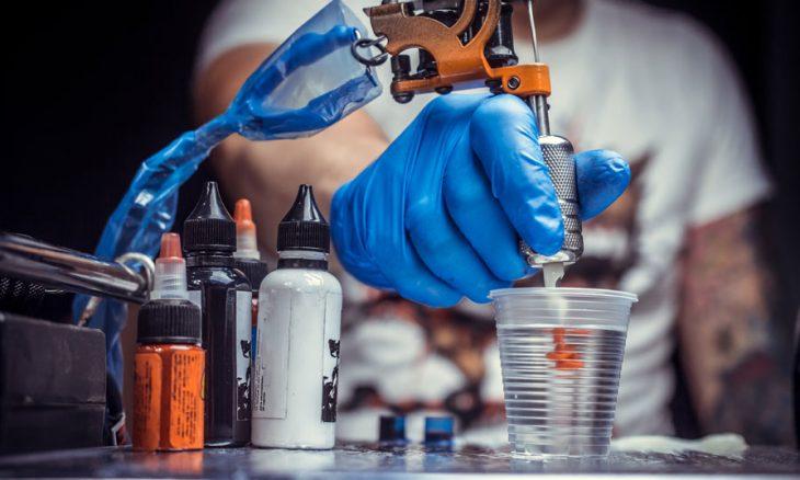 «الوشم الخفي» تقنية ثورية جديدة في مجال التشخيص الطبي باستخدام جزيئات الذهب