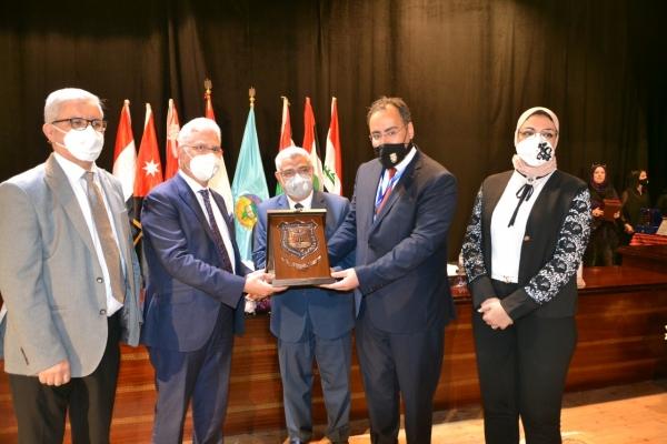جامعة عمان الاهلية تشارك في أعمال الملتقى السادس والعشرون لتبادل الطلبة العرب