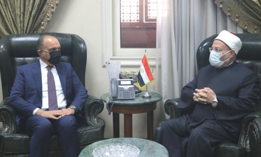 مفتي الديار المصرية يهنىء الملك والأردن بمئوية الدولة