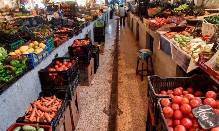 الجزائر تفاقم الوضع الاقتصادي يؤدي إلى إفقار شرائح كاملة من السكان وارتفاع معدلات البطالة وأسعار الأساسيات