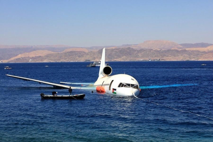 صيف سياحي مبشر 12 طائرة سياحية تحط بالعقبة الشهر الحالي