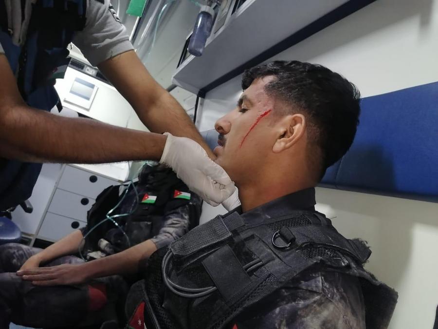 أربع اصابات في صفوف رجال الأمن العام في ناعور