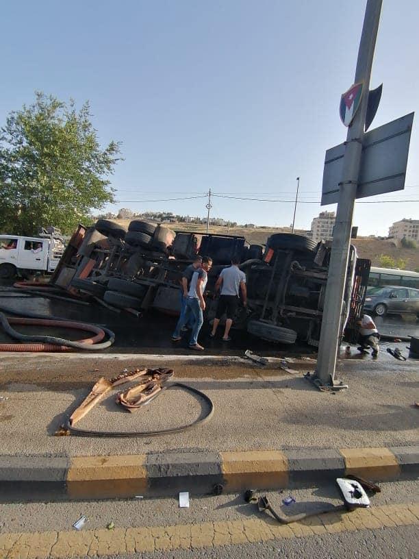 """تدهور صهريج يتسبب بأزمة في عبدون """"صور"""""""