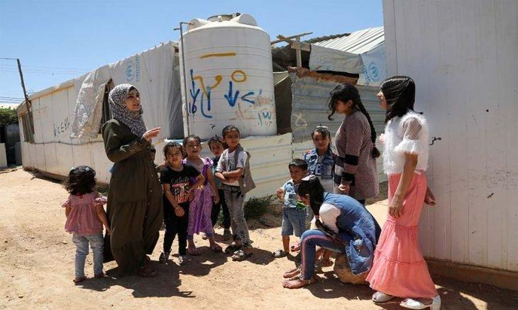 نصف السوريين محرومون من وطنهم