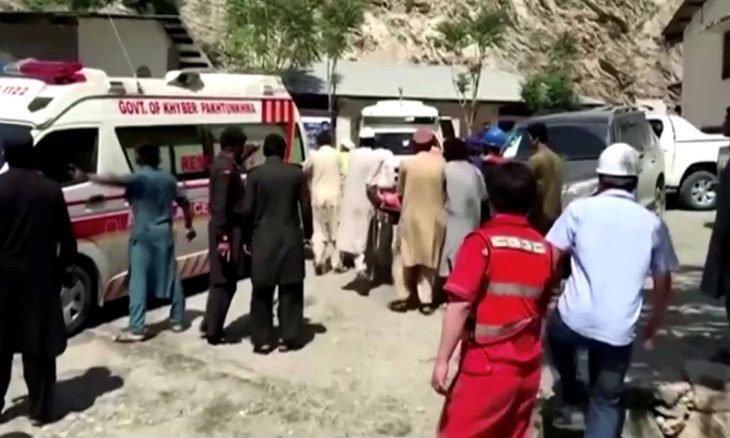 33 قتيلا و57 جريحا في اصطدام حافلة بمقطورة