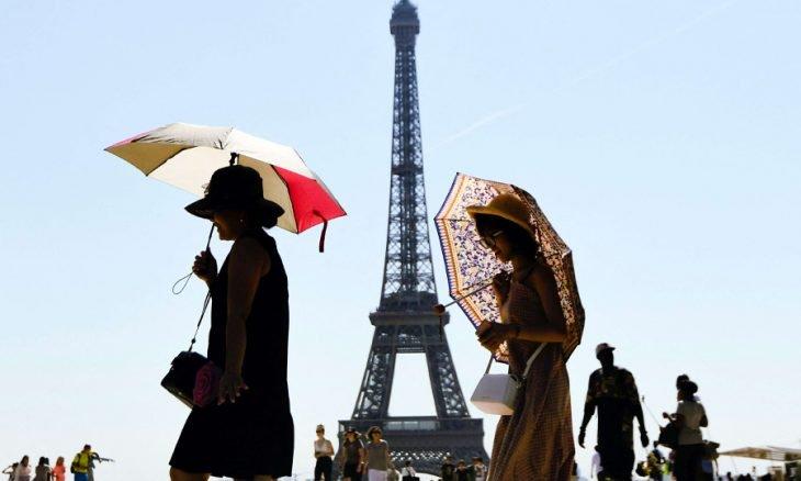 فرنسا تتوقع استقبال 50 مليون سائح أجنبي