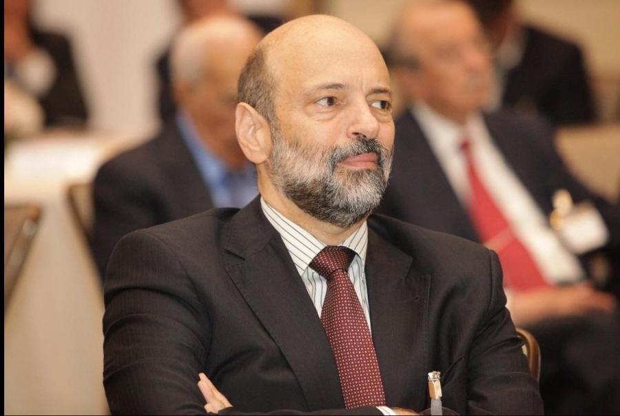 د عمر الرزاز  لم يبتعد عن دائرة القرار والخيار وقريباً في موقع سياسي هام جداً