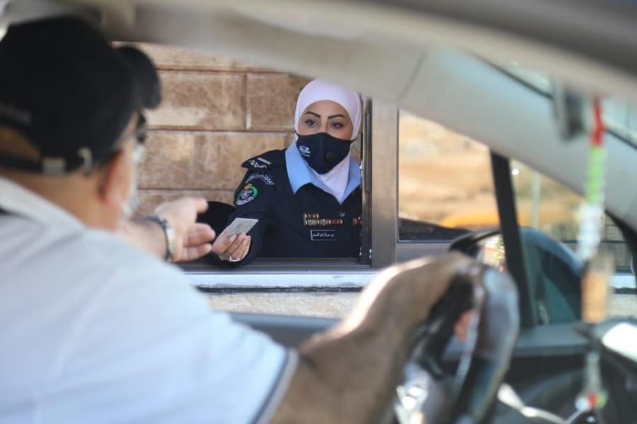 افتتاح مسار الترخيص من داخل المركبات Drive Thru في قسم ترخيص شمال عمان