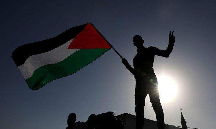 إنهاء الاحتلال واستقلال دولة فلسطين وعاصمتها القدس الشرقية