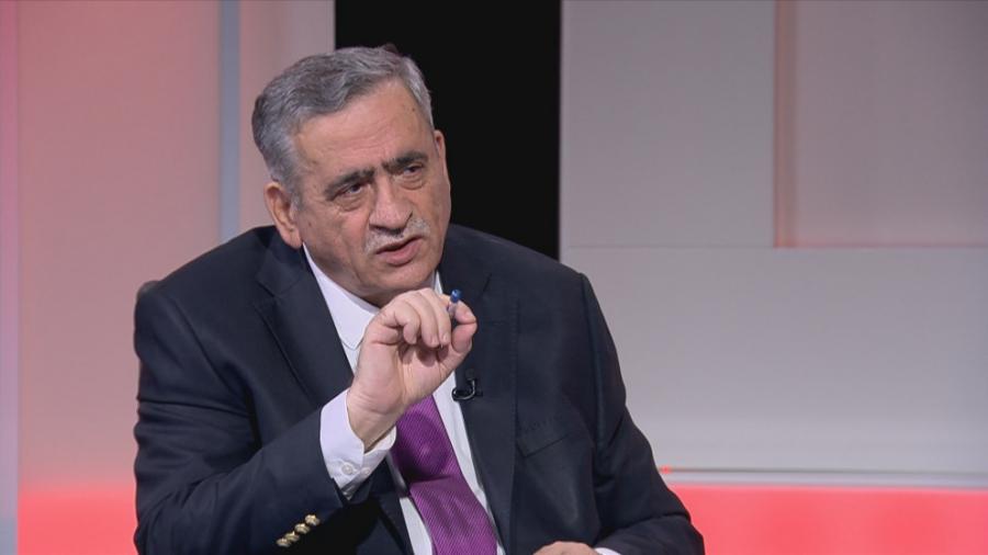 رئيس الجامعة الاردنية يعلق على ما جاء في الشريط حول اعادة رسوم الساعات للطلبة المستنكفين